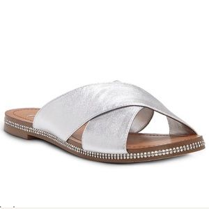 New in box Jessica Simpson leather sandals